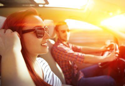 VW Golf Fahrer mit Autoversicherung