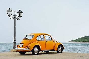 Alter Käfer braucht keine Vollkasko mehr